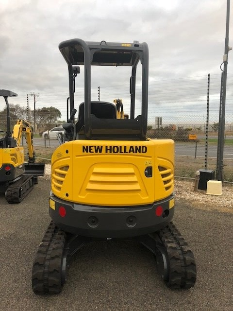 NEW HOLLAND E26C Excavator