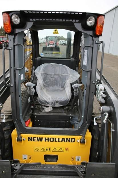NEW HOLLAND L213 Skid Steer Loader
